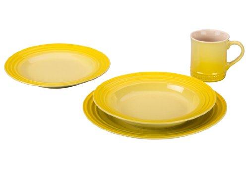 ft.yellow dinner plates