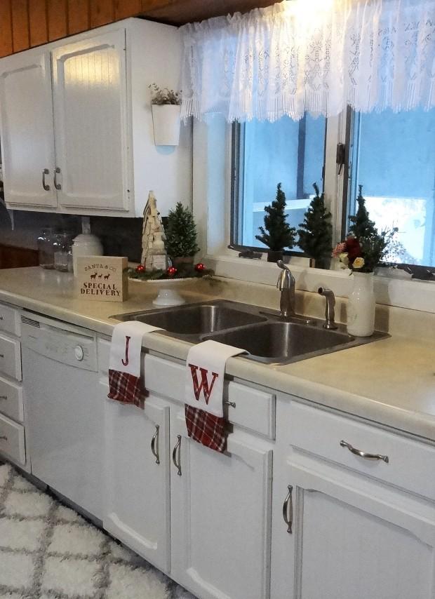 mbtour2 kitchen white